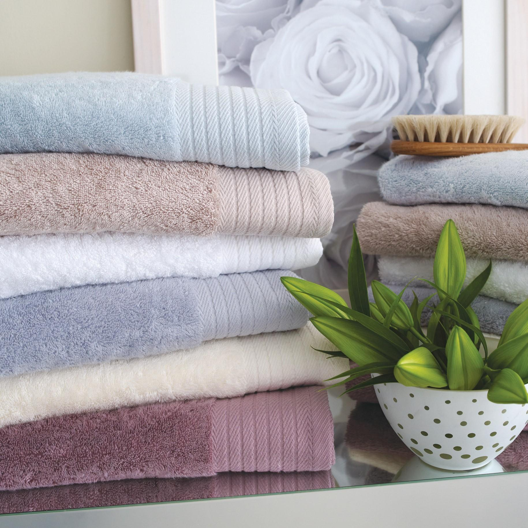 hotel-towels-2010_2_1_1_2