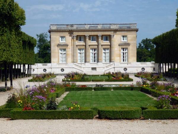Petit-Trianon-facade