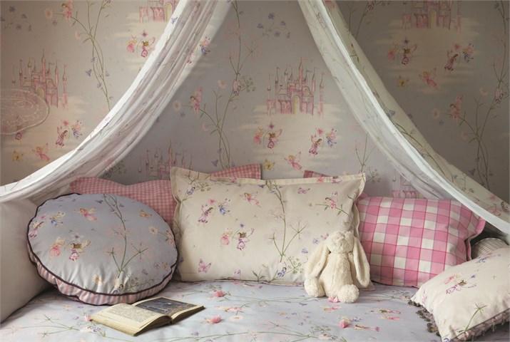 amenajarea unei camere de printesa la maison Sanderson Fairyland