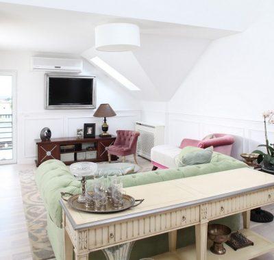 Consola – o piesa de mobilier utila in orice casa