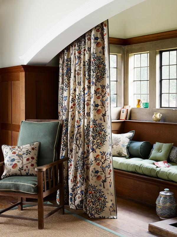 Kelmscott Tree Russet Forest Embroidery Main toamna la maison