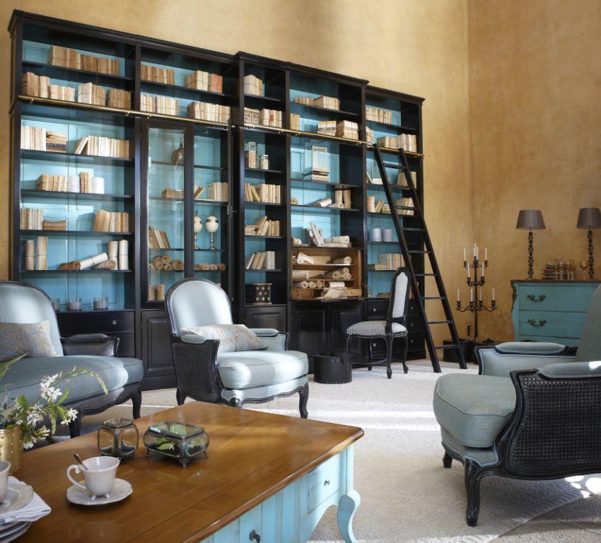 grange biblioteca pe tot peretele la maison